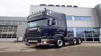 Scania R520 voor Holman Transport