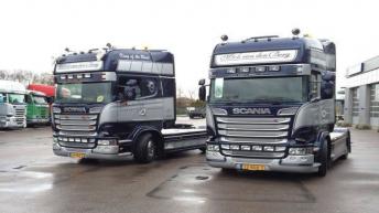 Twee Scania R520 trekkers voor Mick van den Berg