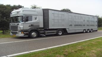 Scania R620 voor Verweij