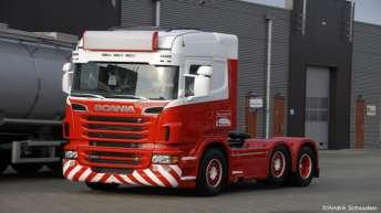 Scania R560 in opbouw voor Peter van de Eijk