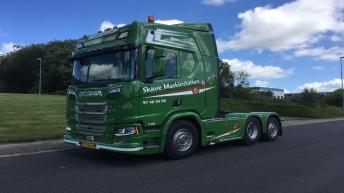 Scania R580 voor Skave Maskinstation