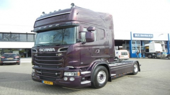 Scania R520 voor J.A. de Leeuw