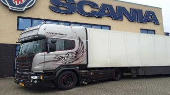 Scania V8 R580 Silver Griffin nr 55/100 - Arie Kriekaard Transport.