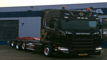 Scania S650 voor R2 Transport & Containers BV