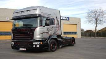 Scania V8 R580 Silver Griffin nr ??/100 - RJ Trans - Menen (B)