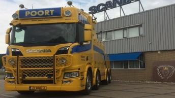 Scania R650 voor Poort uit Hoogkerk