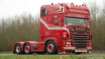 Scania R500 voor Weeda Transport