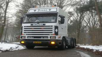 Tweedehands Scania 143 420 voor R&V Transport