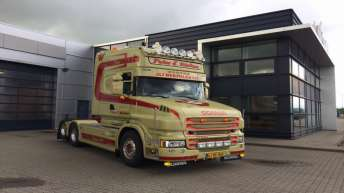 Scania T560 voor Peter E. Nielsen (DK)