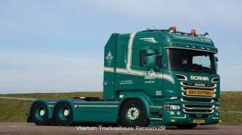 Scania R520 voor G.L. de Haan