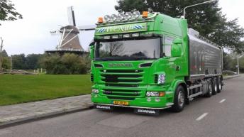 Scania R500 voor Wenau