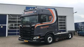 Scania S520 voor Dikkenberg Beton