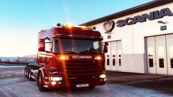 Scania R730 voor John's Transport AB (ZW)