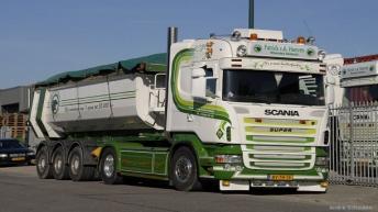 Special V/d Hoeven R620