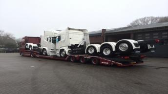 Vaex onderweg met twee R580'ers