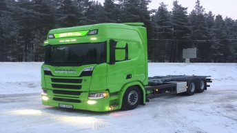 Scania R580 voor Dovre Bud og Vare AS (NO)