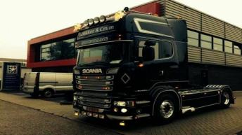 Scania R560 voor Dekker & Crum