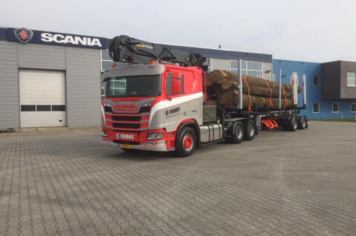 Scania R650 voor S-trans Drachten