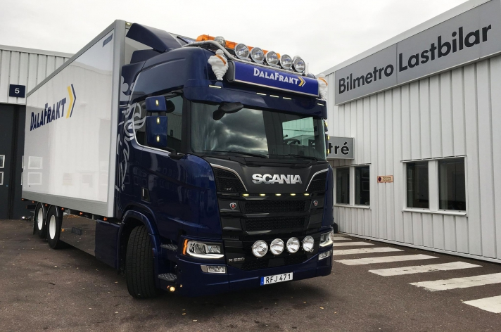 Scania R520 voor Westen Star Transport AB (ZW)