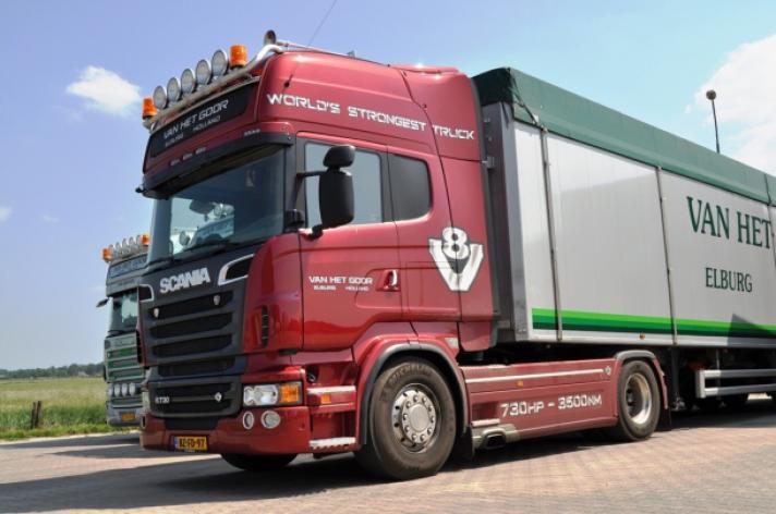 Scania R730 voor Van het Goor