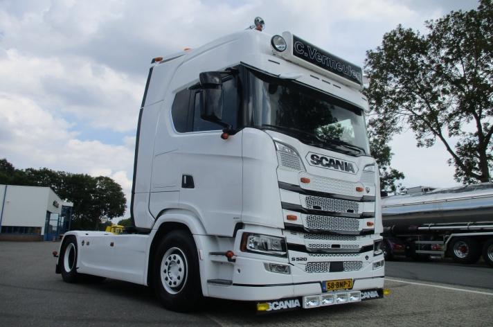 Scania S520 voor C. Vermeulen