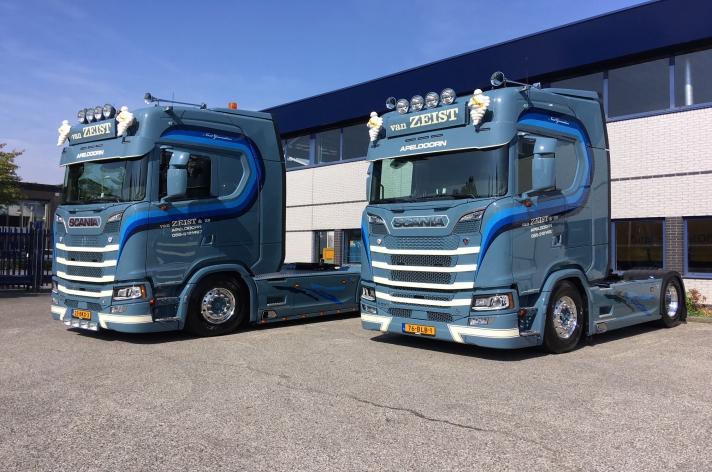 Twee Scania S520 trekkers voor van Zeist & Zn uit Apeldoorn