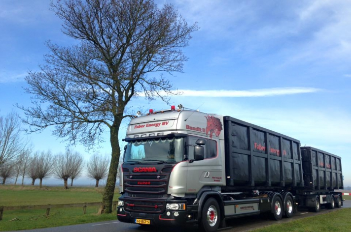 Scania V8 R580 Silver Griffin 076/100 - Faber Energy BV