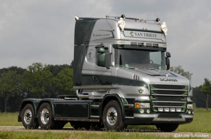 Scania torpedo in opbouw voor Van Triest