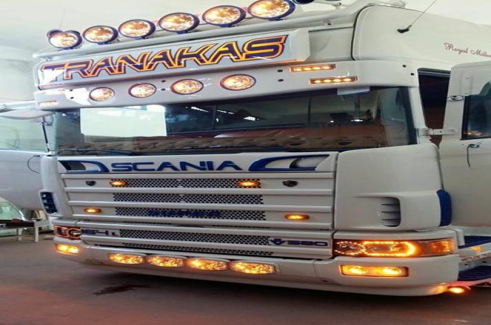 Griekse Truckstyling 164 V8