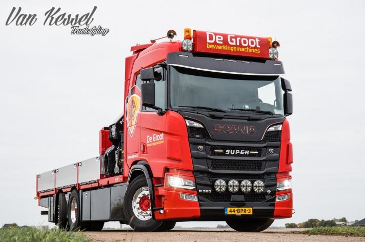 Scania R520 voor De Groot Bewerkingsmachines