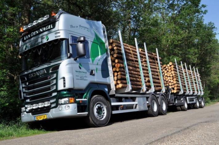 Scania R500 voor Van den Nagel