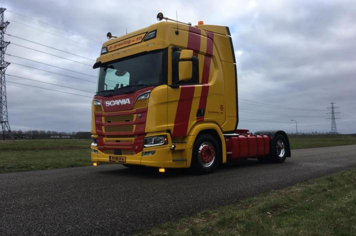Scania R520 voor P. Greving & zn. uit Hoogeveen