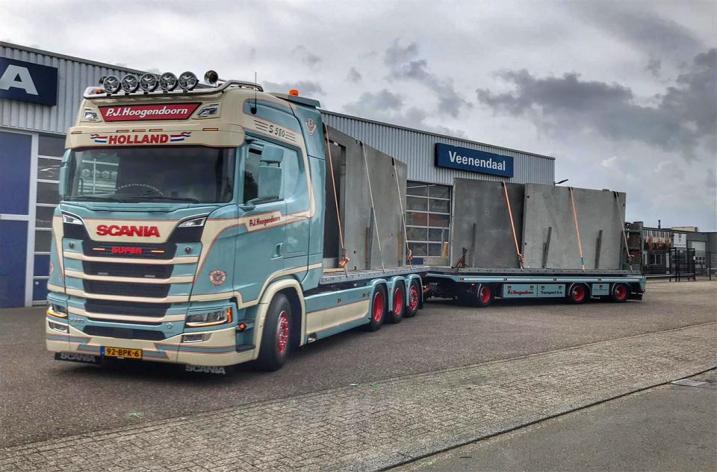 Scania S580 voor P.J. Hoogendoorn