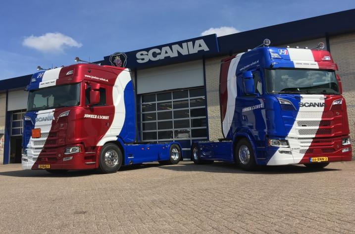 2x Scania S520 voor Jonker & Schut