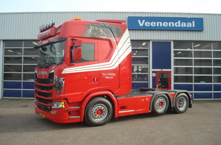 Scania S520 voor Van Lambalgen