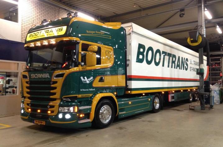 Scania R580 voor Boottrans