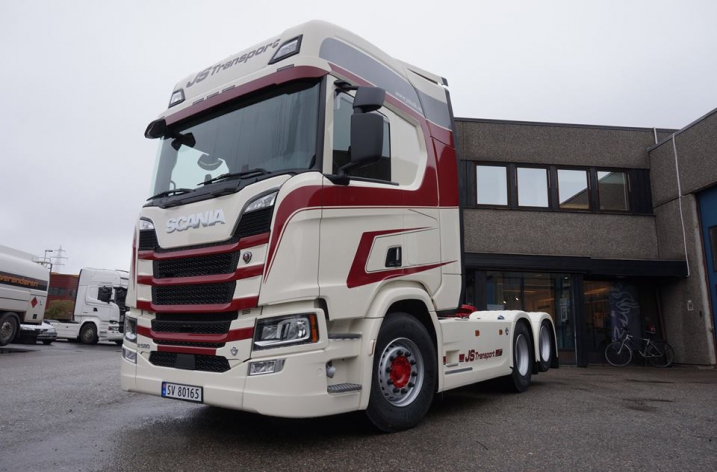 Scania R580 voor JS Transport AS (NO)