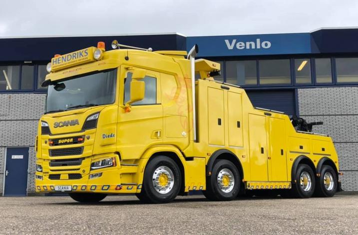 Scania R650 voor Hendriks Lottum B.V. Lottum