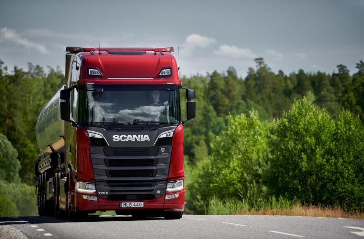 Vernieuwde Scania V8-motoren zorgen voor rationele emoties