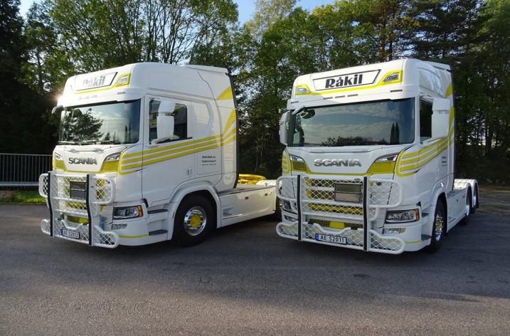 2x Scania R580 voor Råkil Bulk & Tanktransport AS (NO)