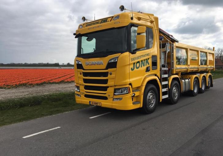 v8power.nl - scania r520 voor jonk sierbestrating